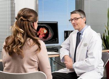 О любых побочных эффектах после процедуры трансплантации стволовых клеток нужно сообщать лечащему врачу.